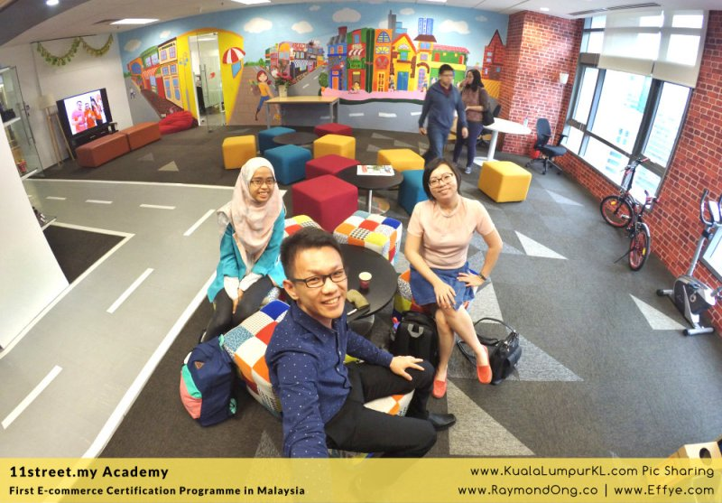 first-e-commerce-certification-programme-11street-academy-endorsed-by-malaysia-digital-economy-corporation-mdec-and-google-adwords-and-facebook-raymond-ong-effye-media-ainnur-assyeilla-a01