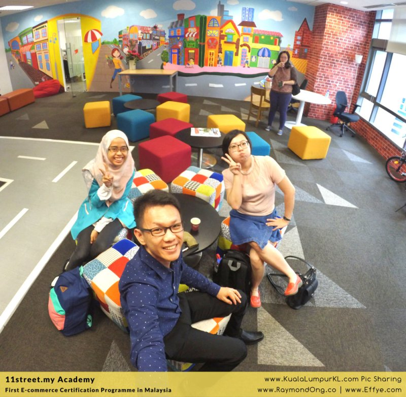 first-e-commerce-certification-programme-11street-academy-endorsed-by-malaysia-digital-economy-corporation-mdec-and-google-adwords-and-facebook-raymond-ong-effye-media-ainnur-assyeilla-a02