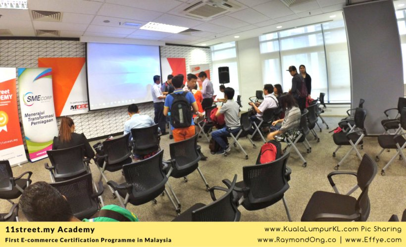 first-e-commerce-certification-programme-11street-academy-endorsed-by-malaysia-digital-economy-corporation-mdec-and-google-adwords-and-facebook-raymond-ong-effye-media-ainnur-assyeilla-a13