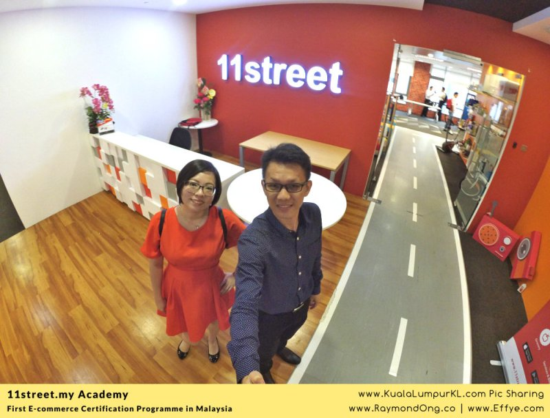 first-e-commerce-certification-programme-11street-academy-endorsed-by-malaysia-digital-economy-corporation-mdec-and-google-adwords-and-facebook-raymond-ong-effye-media-ainnur-assyeilla-a03
