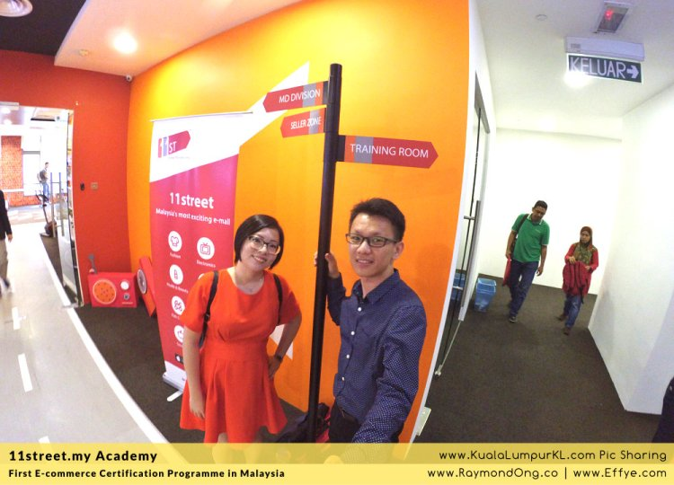 first-e-commerce-certification-programme-11street-academy-endorsed-by-malaysia-digital-economy-corporation-mdec-and-google-adwords-and-facebook-raymond-ong-effye-media-ainnur-assyeilla-a06