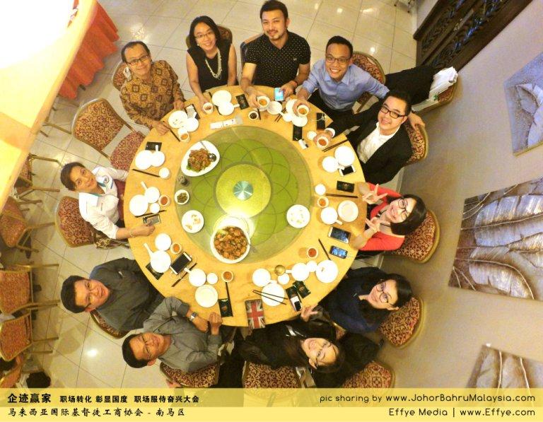 企迹赢家 职场转化 彰显国度 职场服侍奋兴大会 CBMC Malaysia Christian Business and Marketplace Cennection 马来西亚国际基督徒工商协会 大合照 Raymond Ong at Johor Bahru Malaysia A03