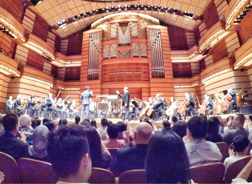 malaysia-kuala-lumpur-concert-beethoven-malaysian-philharmonic-orchestra-and-conductor-gabor-takacs-nagy-and-violin-ray-chen-beethoven-violin-cencerto-in-d-major-op61-a12-great-music