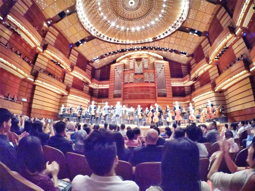 malaysia-kuala-lumpur-concert-beethoven-malaysian-philharmonic-orchestra-and-conductor-gabor-takacs-nagy-and-violin-ray-chen-beethoven-violin-cencerto-in-d-major-op61-a13-great-music