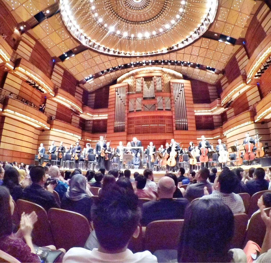 malaysia-kuala-lumpur-concert-beethoven-malaysian-philharmonic-orchestra-and-conductor-gabor-takacs-nagy-and-violin-ray-chen-beethoven-violin-cencerto-in-d-major-op61-a18-great-music