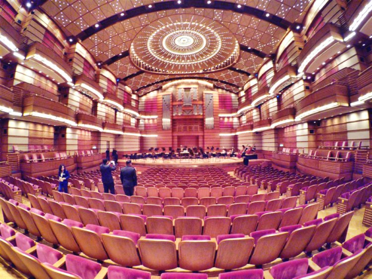 malaysia-kuala-lumpur-concert-beethoven-malaysian-philharmonic-orchestra-and-conductor-gabor-takacs-nagy-and-violin-ray-chen-beethoven-violin-cencerto-in-d-major-op61-a24-great-music