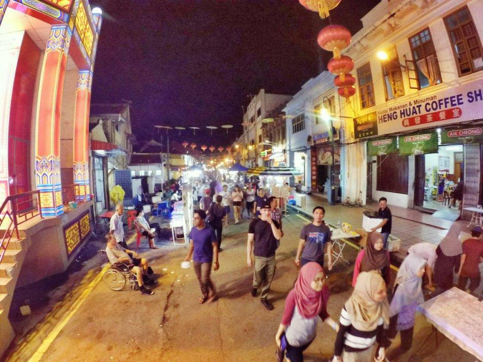 night-view-jonker-walk-melaka-malacca-malaysia-jonker-walk-jonker-street-travel-raymond-ong-alfred-law-alfred-genesis-%e9%a9%ac%e5%85%ad%e7%94%b2%e6%97%85%e6%b8%b8-%e6%b0%91%e5%ae%bf-%e9%85%92