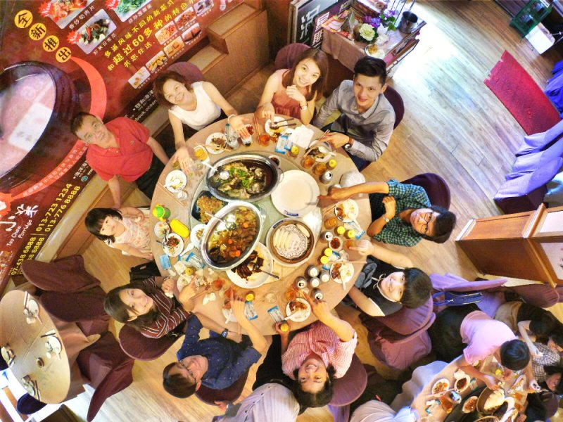 ong-family-chinese-new-year-family-reunion-lunch-%e7%8e%8b%e5%ae%b6%e5%86%9c%e5%8e%86%e5%b9%b4%e5%88%9d%e4%ba%8c%e5%9b%a2%e5%9c%86%e9%a5%ad-batu-pahat-online-publication-online-media-a03-raymond-ong