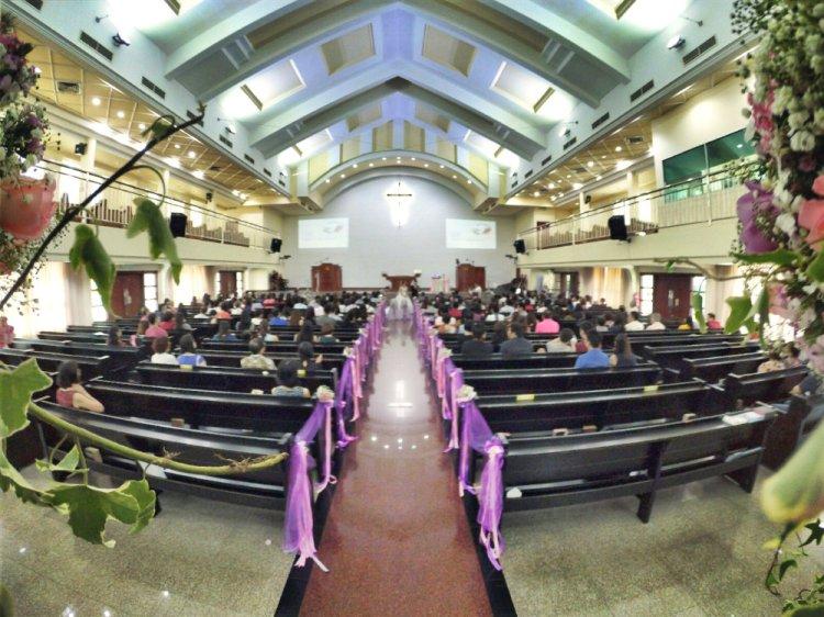 batu-pahat-church-wedding-tory-tan-and-elaine-teo-joyful-happiness-wedding-day-at-saving-grace-church-raymond-ong-effye-ang-effye-media-online-advertising-website-development-business-education-a21
