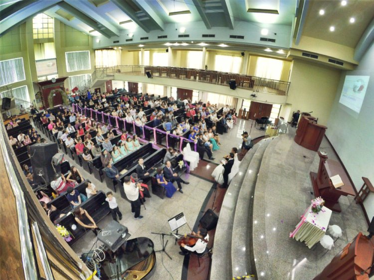 batu-pahat-church-wedding-tory-tan-and-elaine-teo-joyful-happiness-wedding-day-at-saving-grace-church-raymond-ong-effye-ang-effye-media-online-advertising-website-development-business-education-a23
