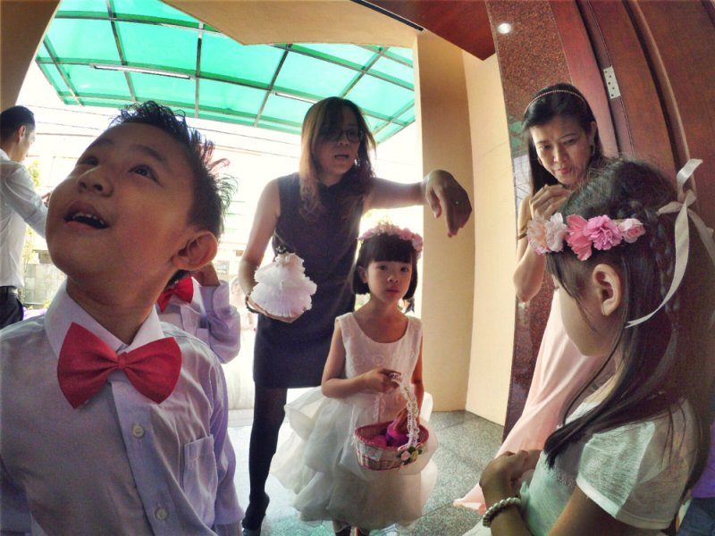 batu-pahat-church-wedding-tory-tan-and-elaine-teo-joyful-happiness-wedding-day-at-saving-grace-church-raymond-ong-effye-ang-effye-media-online-advertising-website-development-business-education-a05