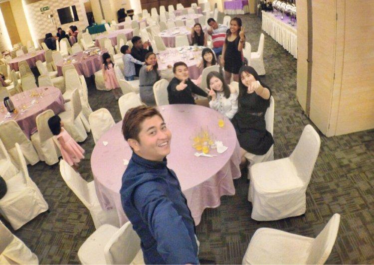 batu-pahat-church-wedding-tory-tan-and-elaine-teo-joyful-happiness-wedding-day-at-saving-grace-church-raymond-ong-effye-ang-effye-media-online-advertising-website-development-business-education-a57
