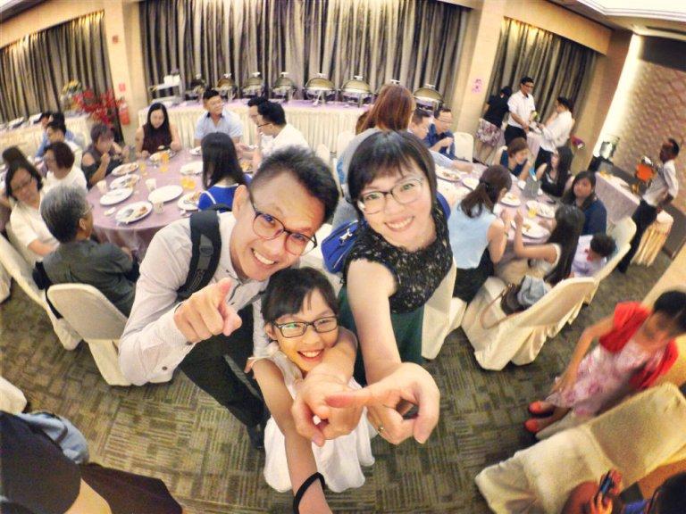batu-pahat-church-wedding-tory-tan-and-elaine-teo-joyful-happiness-wedding-day-at-saving-grace-church-raymond-ong-effye-ang-effye-media-online-advertising-website-development-business-education-b15