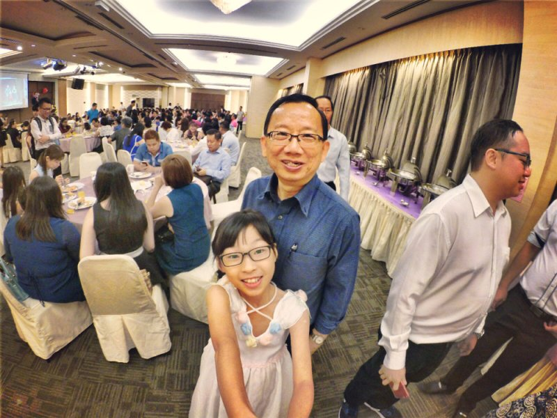 batu-pahat-church-wedding-tory-tan-and-elaine-teo-joyful-happiness-wedding-day-at-saving-grace-church-raymond-ong-effye-ang-effye-media-online-advertising-website-development-business-education-b22