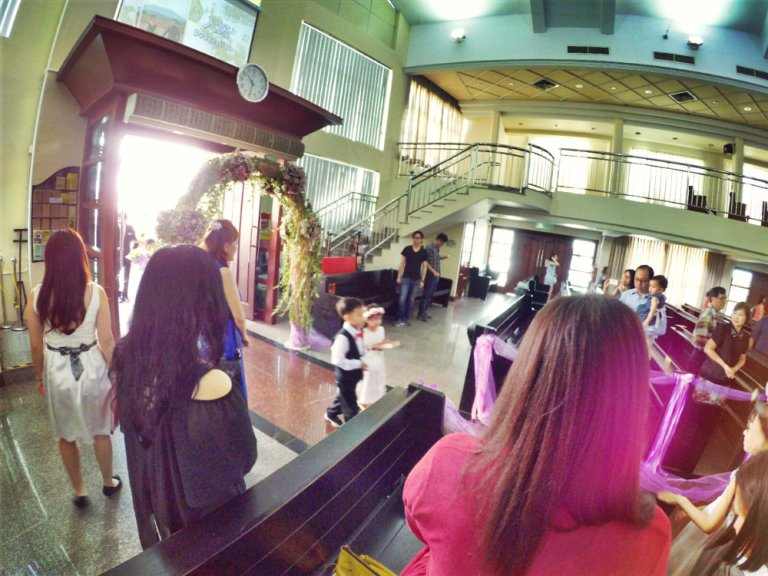 batu-pahat-church-wedding-tory-tan-and-elaine-teo-joyful-happiness-wedding-day-at-saving-grace-church-raymond-ong-effye-ang-effye-media-online-advertising-website-development-business-education-a10