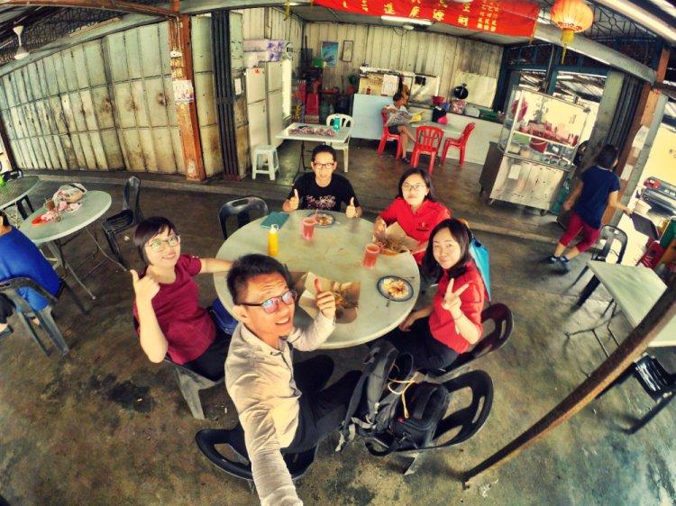 Johor Pekan Nanas Nenes Alfred Law Genesis Raymond Ong Effye Ang Pinky Ning Estella Onn Choo Yee Liang Lunch and Meeting Effye Media Online Advertising A03