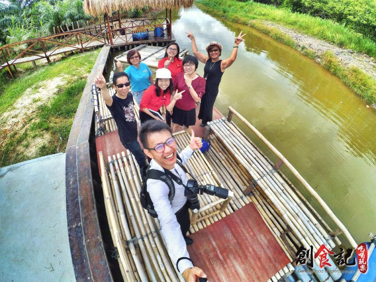 Sinar Eco Resort Pekan Nanas Johor Malaysia Family Gathering Camp Travel Adventure Tourist Attraction Farm Retreat Trip Raymond Ong Effye Ang Alfred Law Pinky Ning Estella Onn A08