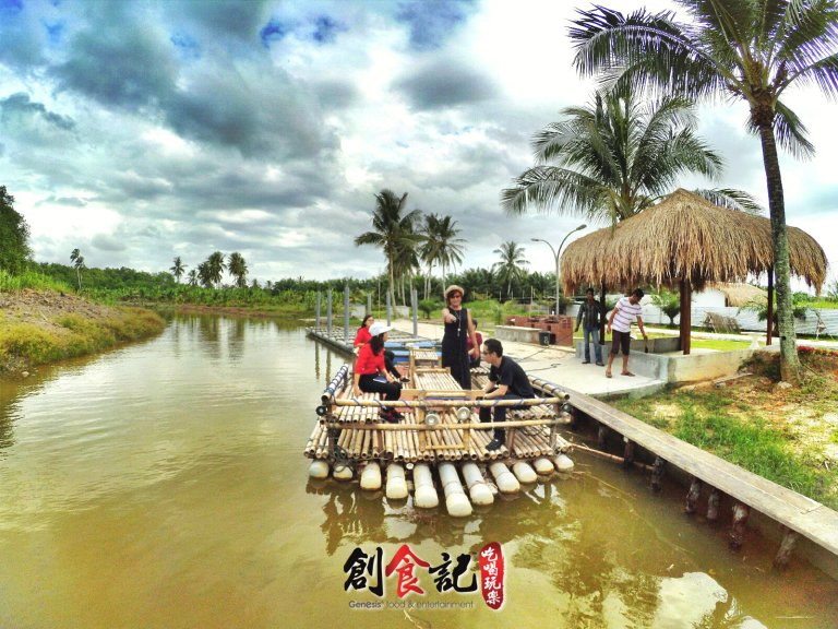 Sinar Eco Resort Pekan Nanas Johor Malaysia Family Gathering Camp Travel Adventure Tourist Attraction Farm Retreat Trip Raymond Ong Effye Ang Alfred Law Pinky Ning Estella Onn A11
