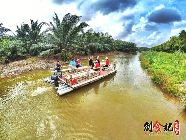 Sinar Eco Resort Pekan Nanas Johor Malaysia Family Gathering Camp Travel Adventure Tourist Attraction Farm Retreat Trip Raymond Ong Effye Ang Alfred Law Pinky Ning Estella Onn A12