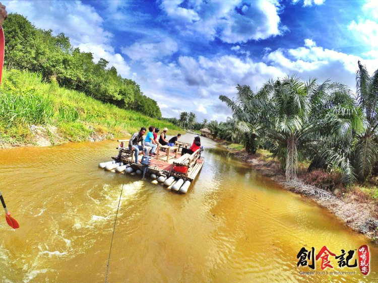 Sinar Eco Resort Pekan Nanas Johor Malaysia Family Gathering Camp Travel Adventure Tourist Attraction Farm Retreat Trip Raymond Ong Effye Ang Alfred Law Pinky Ning Estella Onn A18