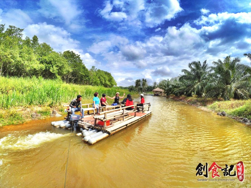 Sinar Eco Resort Pekan Nanas Johor Malaysia Family Gathering Camp Travel Adventure Tourist Attraction Farm Retreat Trip Raymond Ong Effye Ang Alfred Law Pinky Ning Estella Onn A22