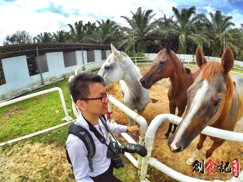Sinar Eco Resort Pekan Nanas Johor Malaysia Family Gathering Camp Travel Adventure Tourist Attraction Farm Retreat Trip Raymond Ong Effye Ang Alfred Law Pinky Ning Estella Onn A36
