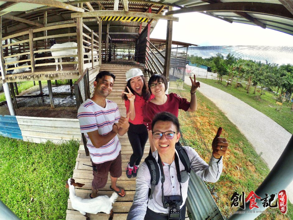 Sinar Eco Resort Pekan Nanas Johor Malaysia Family Gathering Camp Travel Adventure Tourist Attraction Farm Retreat Trip Raymond Ong Effye Ang Alfred Law Pinky Ning Estella Onn A49