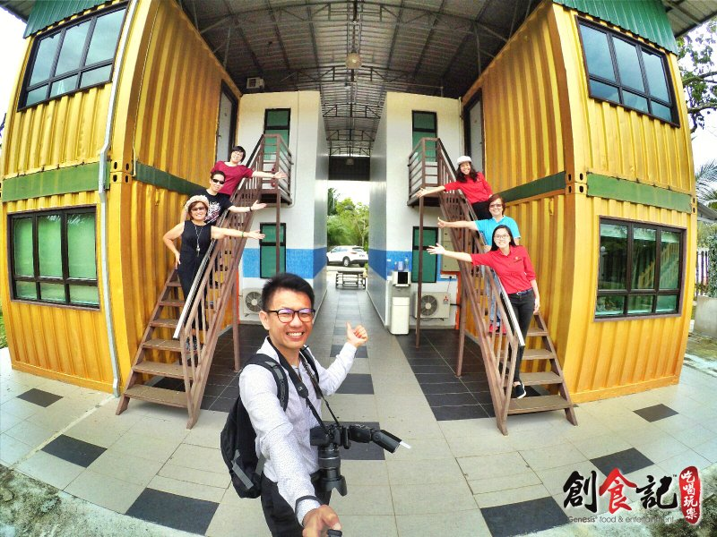 Sinar Eco Resort Pekan Nanas Johor Malaysia Family Gathering Camp Travel Adventure Tourist Attraction Farm Retreat Trip Raymond Ong Effye Ang Alfred Law Pinky Ning Estella Onn A66