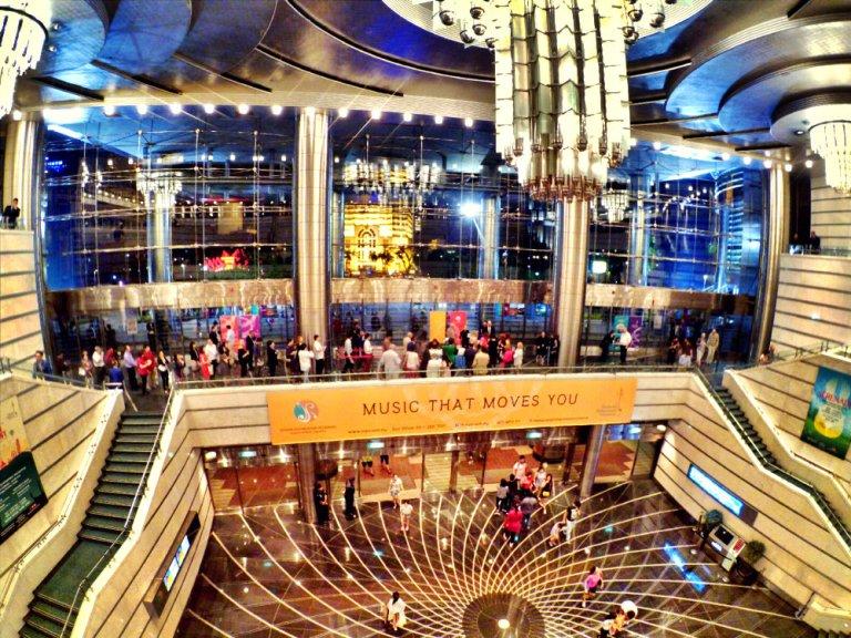 Malaysia Kuala Lumpur Malaysian Philharmonic Orchestra MPO Roberto Abbado Conductor Sergej Krylov Violin Berlioz Paganini Boccherini Berio Mendelssohn Raymond Ong Effye Ang Online Advert