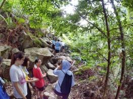 山里的故事 峇株巴辖 龙华山庄 后山 Gunung Puncak Batu Pahat Johor Malaysia Raymond Ong A05
