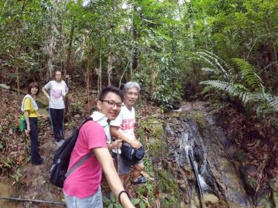 山里的故事 峇株巴辖 龙华山庄 后山 Gunung Puncak Batu Pahat Johor Malaysia Raymond Ong A21