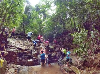 山里的故事 峇株巴辖 龙华山庄 后山 Gunung Puncak Batu Pahat Johor Malaysia Raymond Ong A24