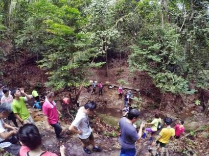 山里的故事 峇株巴辖 龙华山庄 后山 Gunung Puncak Batu Pahat Johor Malaysia Raymond Ong A25