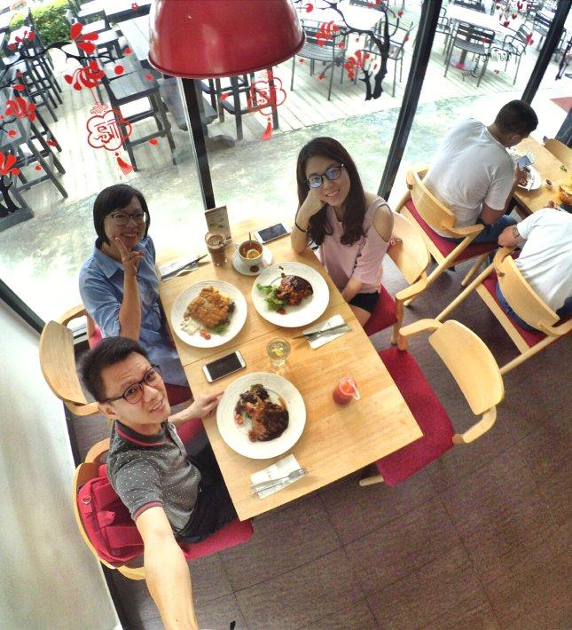 Raymond Ong Effye Ang Wai Shim Kong Chinese New Year 2018 Gathering at Senibong Cove Yews Cafe Johor Bahru Johor Malaysia 农历新年聚会 新山 柔佛 马来西亚 A01