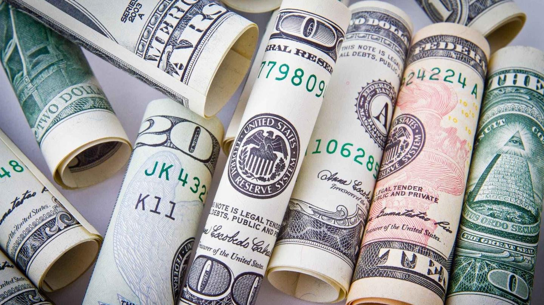 钱能算得到的损失永远还是比较小的损失。 在那不能回头的时间线上的损失是永远的损失。 那有能力使我们的心活过来的,那价值太大了。我要!